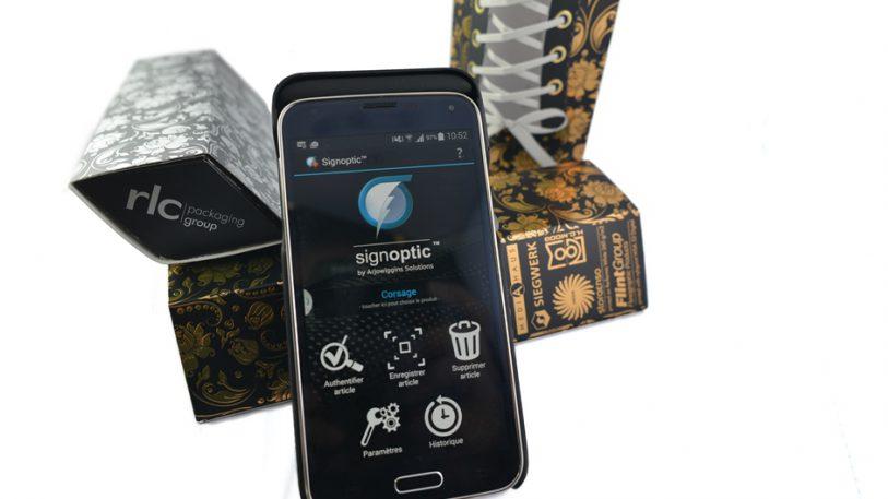 Als Grundlage für den späteren Abgleich bei der Echtheitsprüfung einer Verpackung verwendet die rlc   packaging group die Signoptic -Technologie, um Zufallsstrukturen einer Verpackungsoberfläche zu scannen und zu speichern. Signoptic ist Teil des französischen Unternehmens Arjowiggins Solutions.