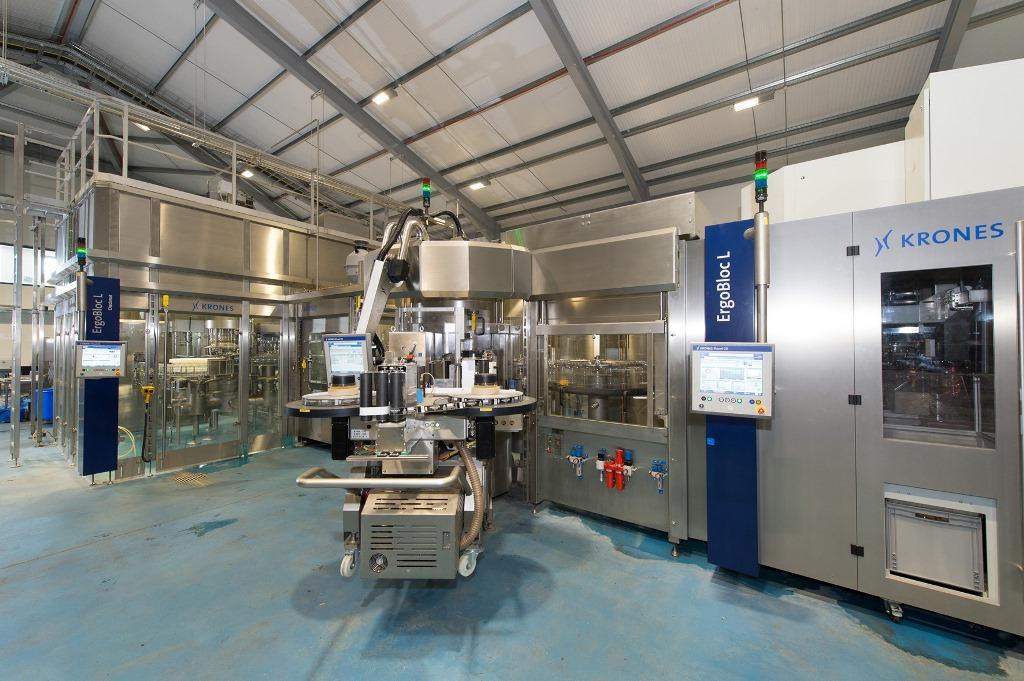 Krones erfüllte die Zielsetzungen nicht zuletzt dank des platzsparenden ErgoBloc L Konzepts mit einem sehr kompakten Anlagendesign.