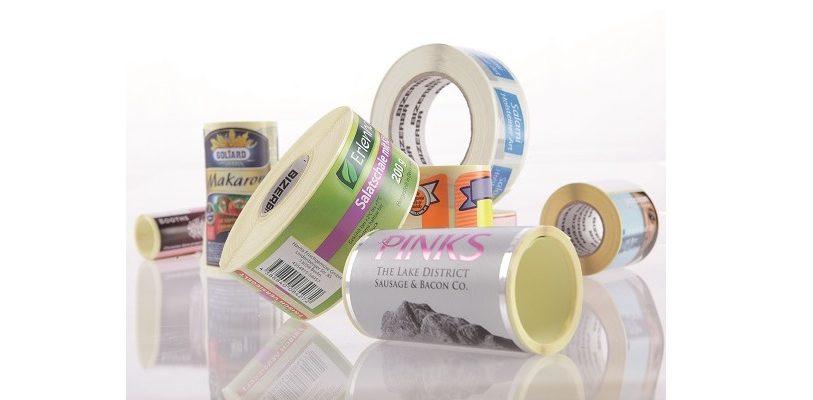 Als zentraler Bestandteil der Verpackung punkten Etiketten bei wichtigen Marketingfunktionen, etwa im Hinblick auf das Corporate Design, den Markennamen und die Inszenierung des Produktes.