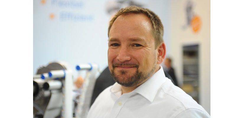 Matthias Holder verantwortet bei HERMA Etikettiermaschinen den Vertrieb.