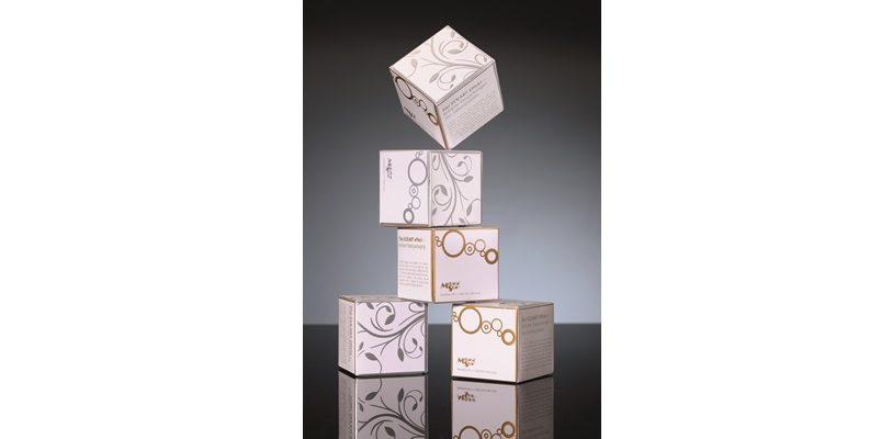 Die Gold- und Silberprodukte von ECKART zeichnen sich durch besondere Brillanz aus und sind für alle gängigen Druckverfahren verfügbar.