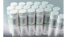 Serialisierung von Kunststoffbehätern in der Pharmaindustrie