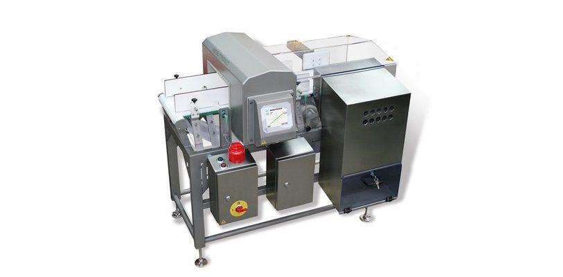 Förderbandsystem TRANSTRON S mit implementiertem Metalldetektor METRON 07 CI