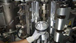 BOSS gewährleistet eine flexible und vielseitige Produktion mit schnellen Formenwechseln und maximaler Verfügbarkeit der Produktion.