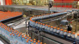 Mit der neuen Linie hat sich die Produktionsleistung bei allen Verpackungsformaten um etwa 3.000 Flaschen pro Stunde erhöht.
