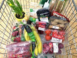 Einkaufswagen mit Lebensmitteln (Bild: Marco Verch auf flickr.de, Creative Commons, CC-BY-2.0)