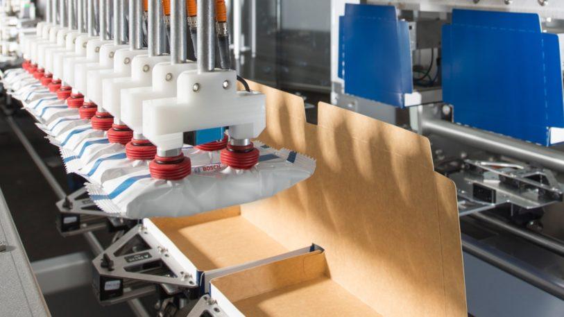 Sigpack FIT Produktzuführung mit Linearmotor-Technologie (Bild: Bosch)