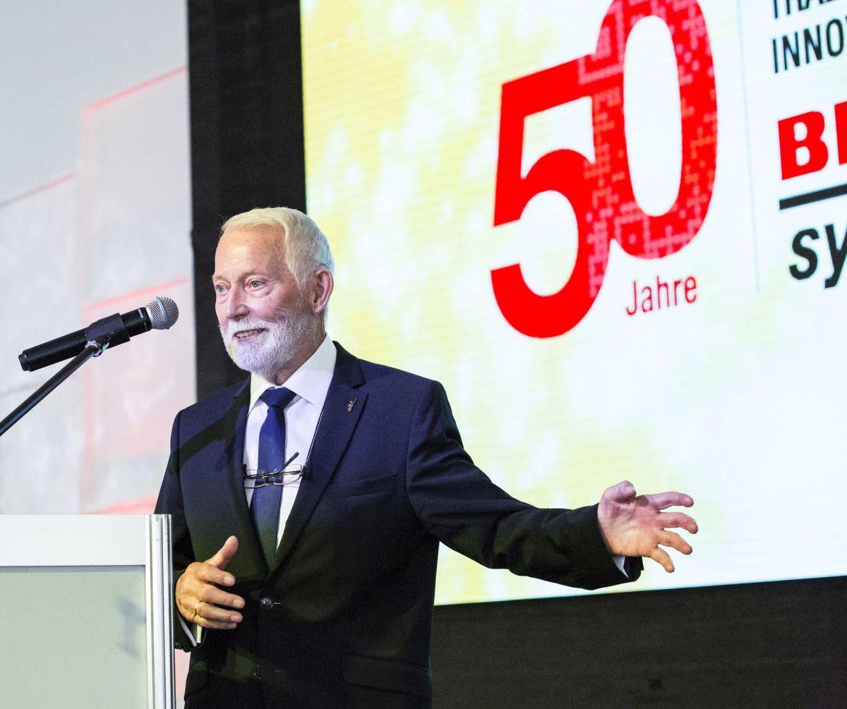 Eckhard Bluhm blickte auf die Unternehmensgeschichte