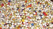 Sammelcontainer für Verschlüsse, die für Nordbräu recycelt werden. (Bild: broesele)