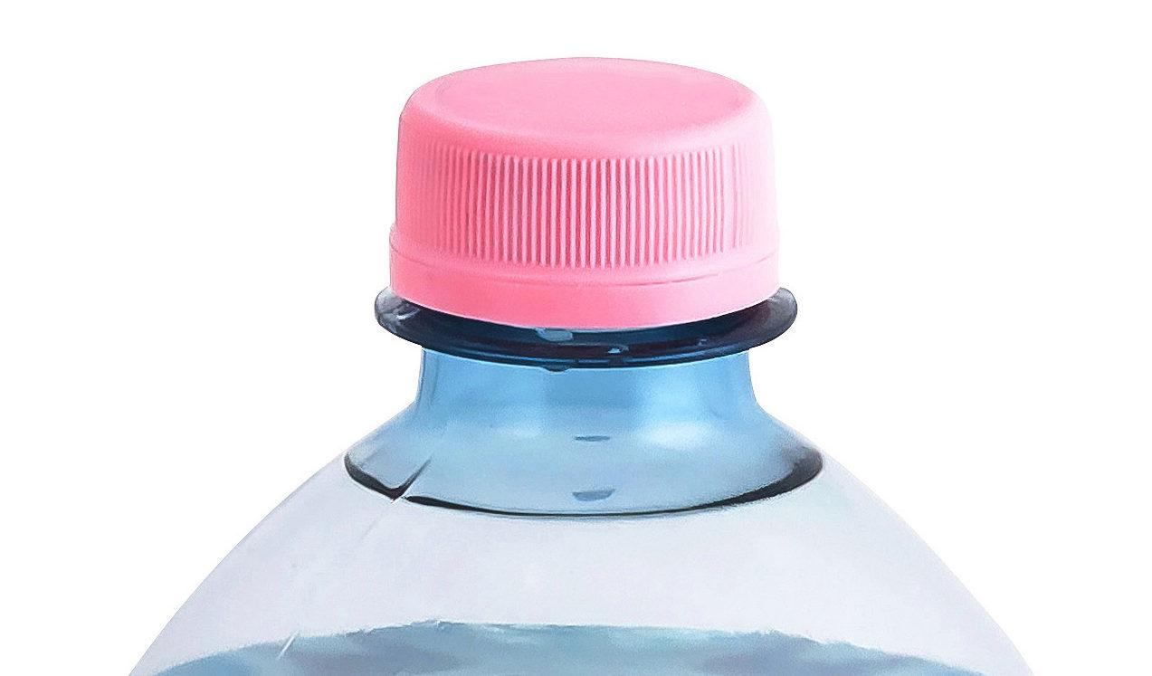 DoubleSealTM SuperShorty® (HDPE): Der einteilige Verschluss wird eingesetzt für karbonisierte Getränke, aber auch für aseptische oder Heißabfüllung. Das Verschlusssystem überzeugt durch exzellente Dichtigkeit für PET-Flaschen. Der CO2-Gehalt eines Produkts, ein Qualitätskriterium für karbonisierte Getränke, wird in der Flasche höchstmöglich gehalten; der leichtgewichtige Verschluss wurde 2004 für ein leichteres Gewinde entwickelt. (Bild: Bericap)