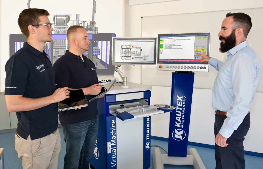 Virtuelle Übungssimulatoren gibt es seit 2013 auch für Blasformmaschinen von Kautex Maschinenbau.