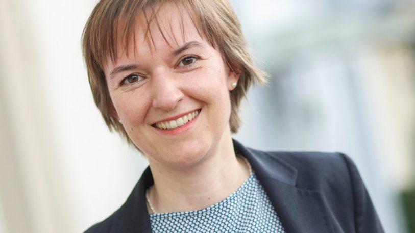 Dr. Isabell Schmidt