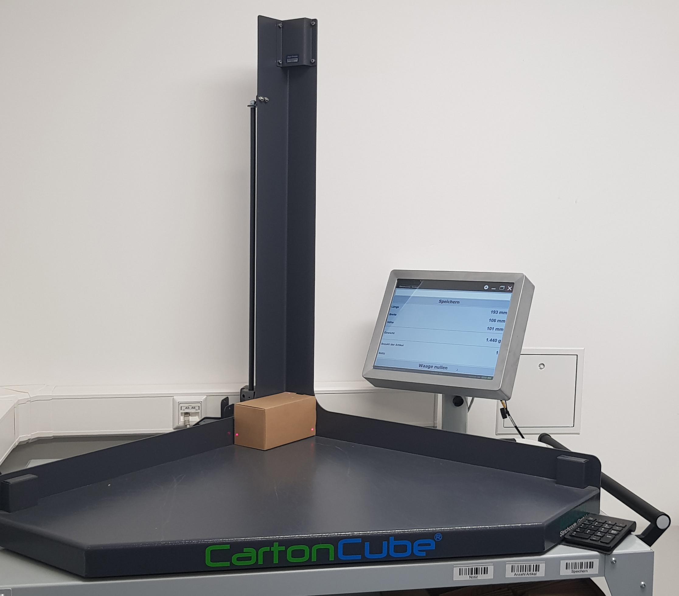 Schrauben-Jäger nutzt den CartonCube als passgenauere Alternative zur Vermessung von Paketen. (Bild: Schrauben Jäger AG)