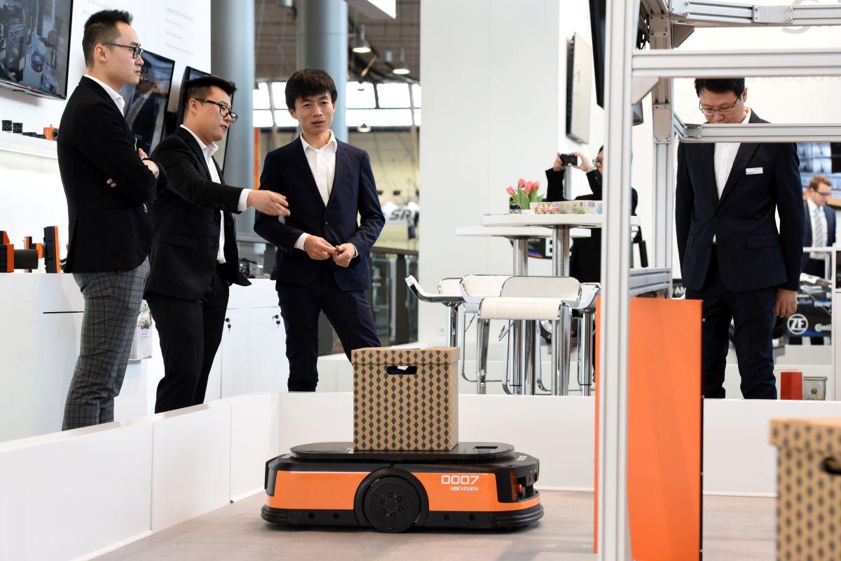 Autonome Förderfahrzeuge auf der LogiMAT 2019