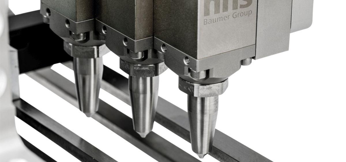Kontaktlose Kaltleimsysteme von Baumer hhs in Multipoint-Gluern