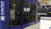 Kautex-Maschine KBB40D zur Herstellung von Flachovalflaschen für den Kosmetikbereich