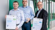 Markus Windisch, Andre Schult und Prof. Dr.-Ing. Jens-Peter Majschak (v. l. n. r.) aus dem Fraunhofer IVV, Dresden, ausgezeichnet mit dem futureSAX-Publikums- und Transferpreis