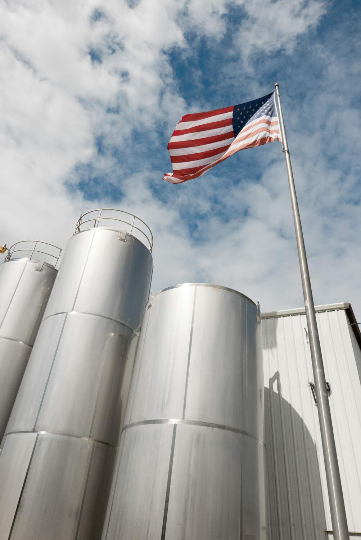 Am Standort von Silver Springs in Ocala im Zentrum Floridas halten die Richmonds alle Fäden in der Hand: Von hier aus führen sie auch ihre drei weiteren Wasserabfüllbetriebe. (Bild: KHS Gruppe)