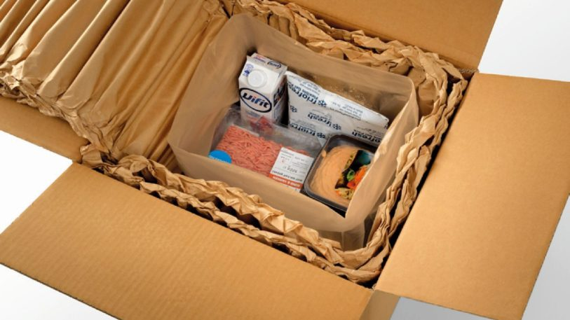 Thermoisolierung mit Papierpolstern (Bild: Knüppel Verpackung)