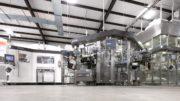 Die Maximalleistung beträgt in Anhängigkeit von den Bedingungen in der Produktion bis zu 81.000 Flaschen pro Stunde. (Bild: KHS Gruppe)