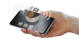 """Das ausgezeichnete """"VOID- Etikett für Flaschen mit integriertem NFC-Chip"""" (Bild: Securikett)"""