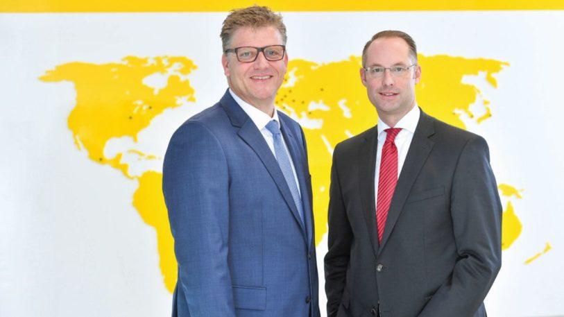 Christian Pauli und Christian Wolf (v. l.), Geschäftsführer der Turck-Holding. (Bild: Turck)