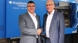 Siegfried Köhler (l.) und Gerd Liebig (Sumitomo (SHI) Demag Plastics Machinery GmbH)