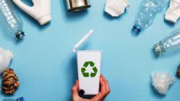 Recycelbare Verpackungen (Bild: Inka Drop/shutterstock.com)
