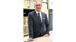 Stefan Kükenhöhner, Chief Sales Officer (CSO) bei Parador. (Bild: Parador)