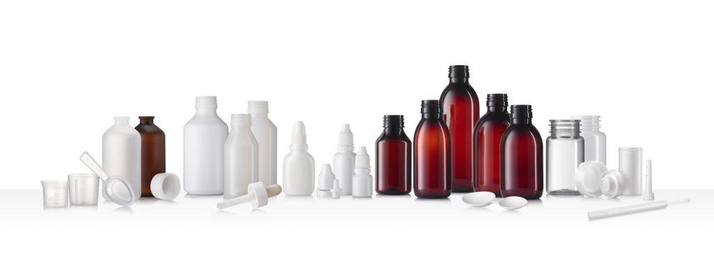 Das Produktportfolio von ALPLApharma reicht von Flaschen für Flüssigkeiten und feste Stoffe und Behältern für Tabletten und Dragees über Verschlüsse und Dosiersysteme bis hin zu Zubehör für die Verabreichung von Arzneimitteln mit und ohne Messhilfen. (Bild: ALPLA)