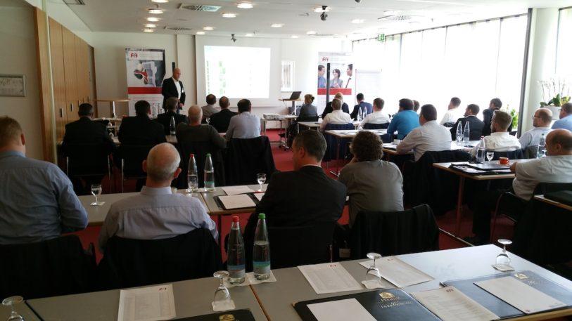 Auch das 12. FFI Technik Forum, das am 25. und 26. Oktober 2017 in Esslingen stattfand, lockte mit vielen spannenden Vorträgen. (Bild: FFI Fachverband Faltschachtel-Industrie e. V.)