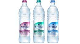 Neues Flaschendesign mit farbigen Premium-Etiketten in Metallic-Optik und Tropfenform.