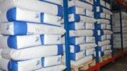 Stabiles Palettieren ohne Plastik mit dem Heißleim-Sprühauftrag von Robatech. (Bild: Robatech GmbH)