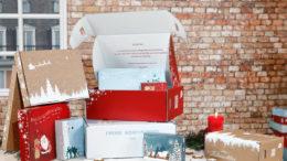 Bei Cartonara gibt es in der Winterzeit individualisierbare Versandverpackungen im weihnachtlichen Design. (Bild: Thimm Group GmbH + Co. KG)