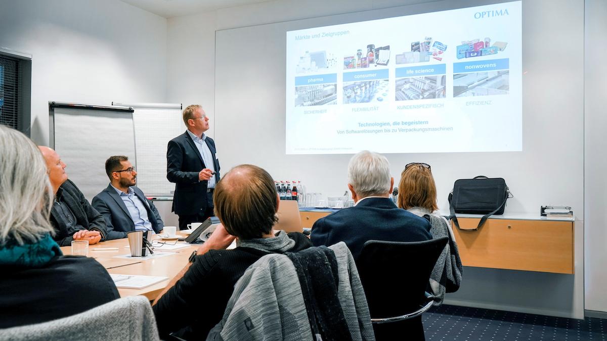 Axel Wagner ist als Technical Sales Manager bei Optima Pharma für den Vertrieb in der DACH-Region zuständig. Wagner koordinierte den Seminarablauf bei Optima Pharma. (Bild: Optima packaging group GmbH)