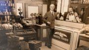 Vor 90 Jahren konnte man in den USA in einem kleinen Lebensmittelgeschäft erstmals tiefgekühlte Produkte kaufen.