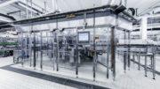 Die Pyraser Landbrauerei hat sukzessive ihren Flaschenkeller erneuert und dabei in den KHS-Glasfüller Innofill Glass DRS investiert.