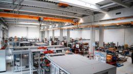 Seit Anfang dieses Jahres verfügt der Geschäftsbereich Nonwovens über weitere 1.600 Quadratmeter Montagefläche. (Bild: Optimaa)