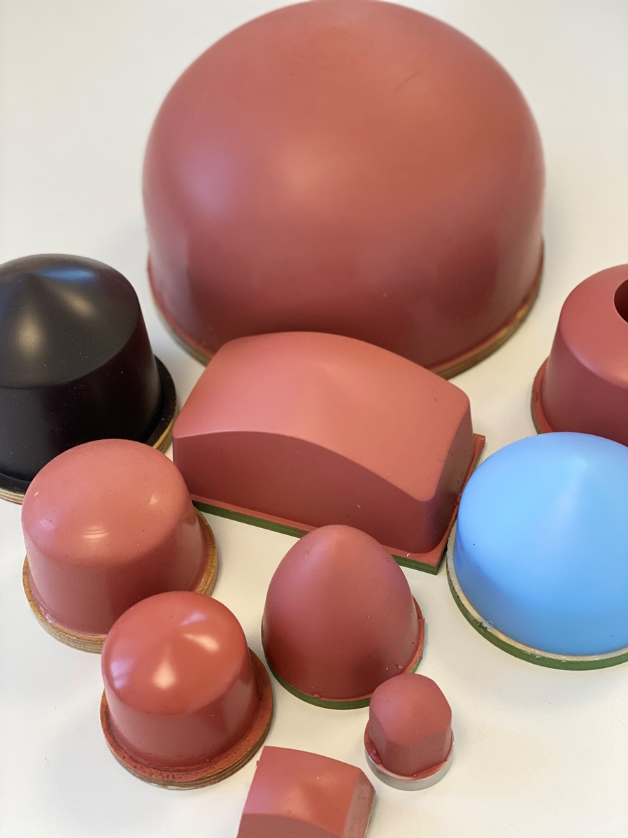 Die flexiblen Silikontampons gibt es in verschiedenen Shorehärten und Größen. Dies ermöglicht eine optimale Anpassung an den jeweiligen Bedruckstoff.