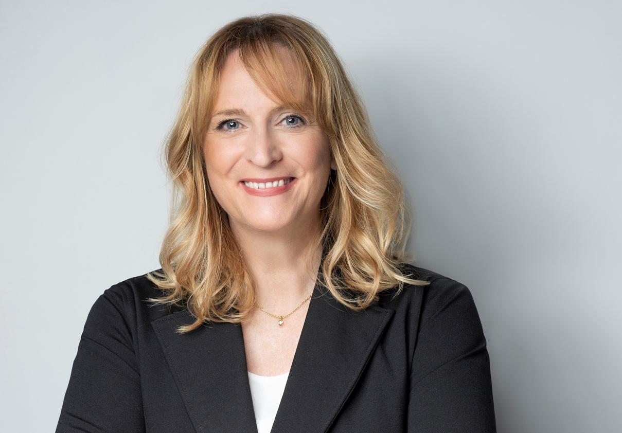 Angela Völker, CEO & Produktmanagement VID Völker Industrie Drucke