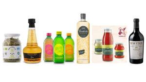 Verschiedene Glasverpackungen, die für die Auszeichnung Produktinnovation 2020 nominiert sind