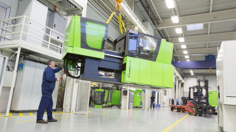 Spritzgiessmaschine von Engel in der Produktion in Schwertberg