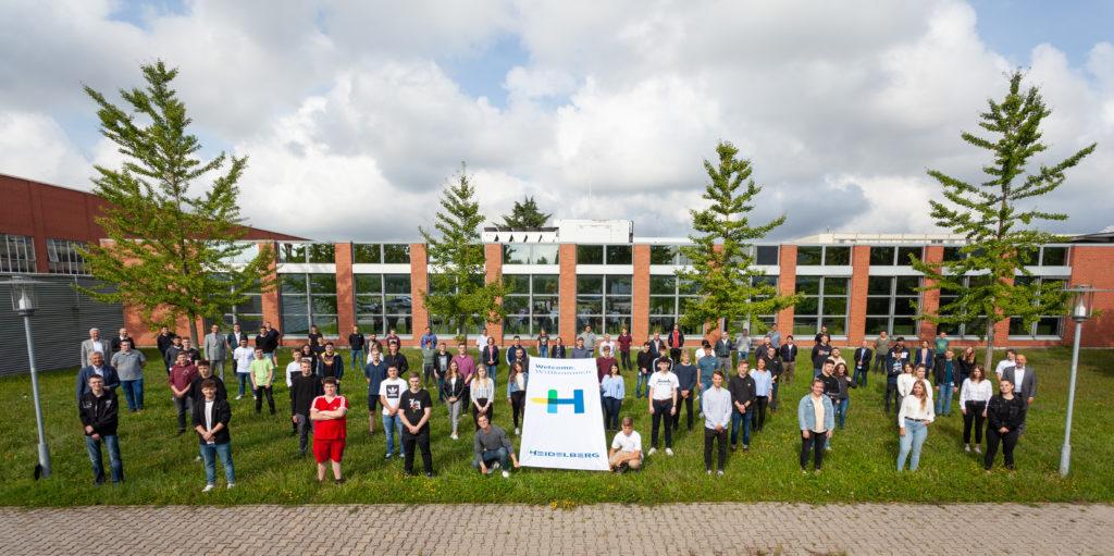 Auszubildende und Studenten am Heidelberg Standort Wiesloch-Walldorf
