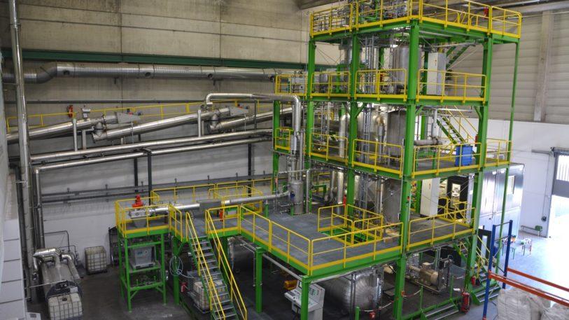 Pilotanlage für chemisches Recyclingzur Rohstoffrückgewinnung
