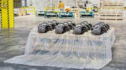 Autoteile von Skoda werden in biologisch abbaubare Folie verpackt