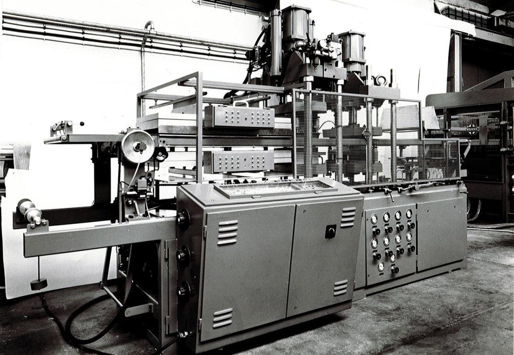 der erste Inline-Thermoformautomat bei Kiefel