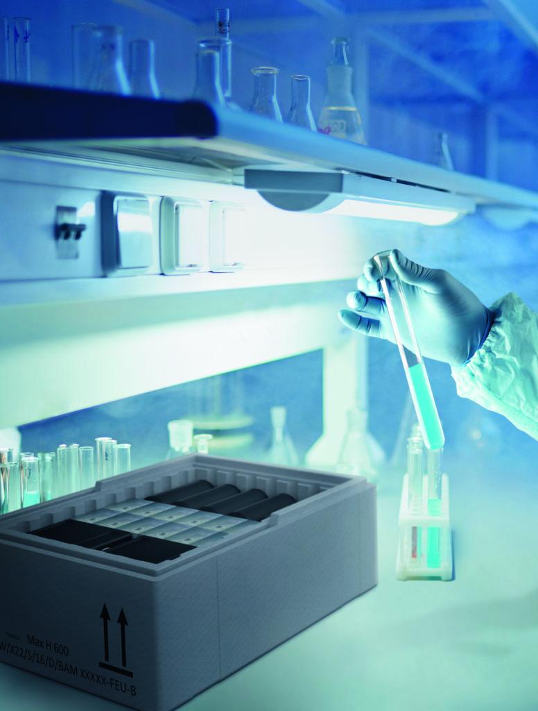 Mehrwegtransportverpackung aus EPS der FEURER Group für Pharma-, Chemie- und Labortransporte