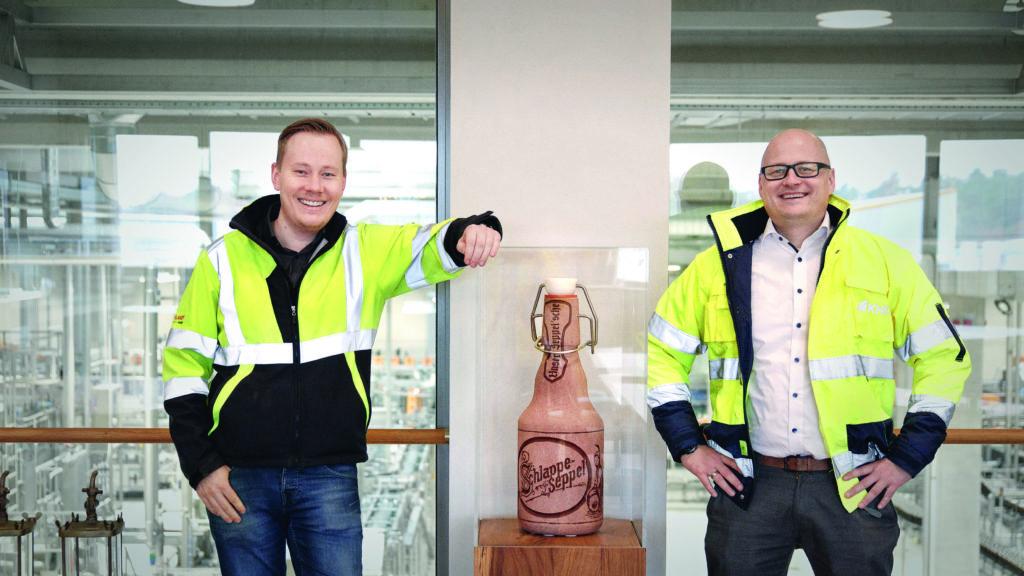 Maximilian Weber, Projektleiter Abfüllzentrum bei Eder & Heylands und Stefan Knappmann, Area Sales Manager bei KHS