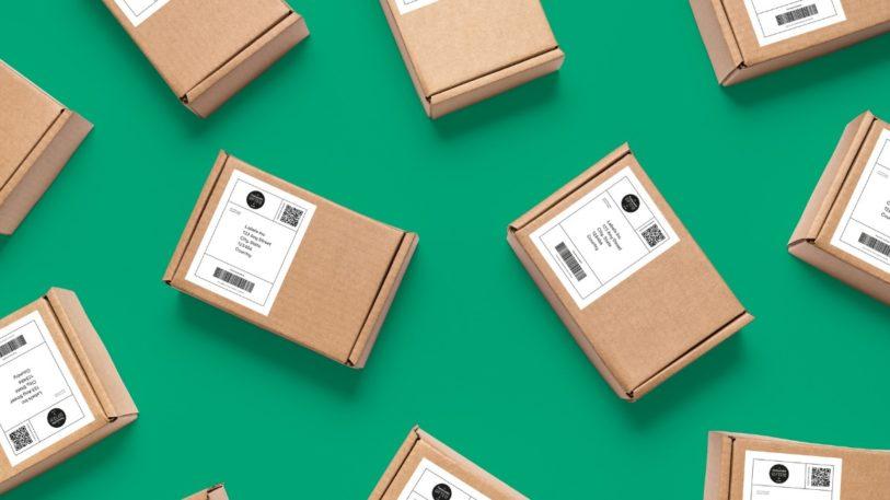 Kartons mit Thermodirekt Etiketten