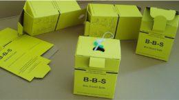 Grüne Entsorgungsbox für Impfspritzen